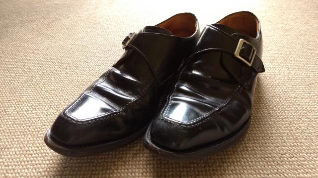 【雨・埃】革靴が外出先で汚れたときの対処法