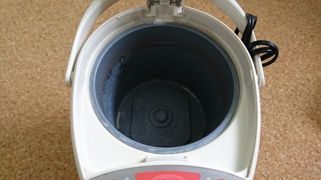 電気ポットの汚れを◯◯でキレイに取る方法