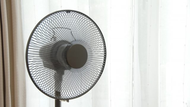 回転する扇風機