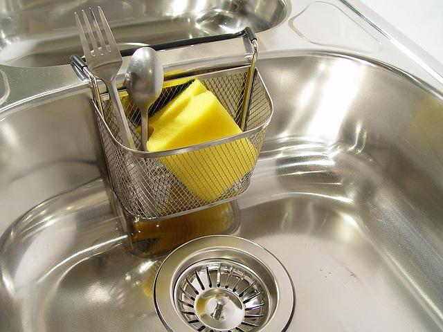 台所の排水口のヌメリをアルミホイルで防ぐために大切なこと