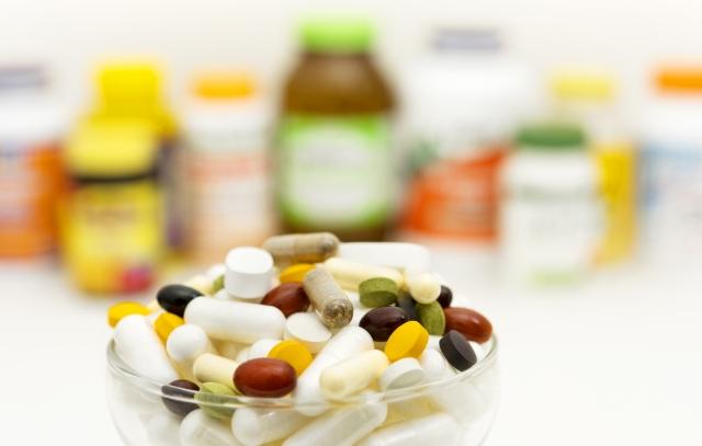 薬やサプリメントの錠剤・カプセル